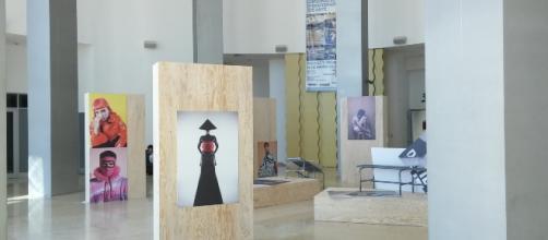 El MUSAS en Hermosillo destaca en su vestíbulo una sugestiva exposición de fotos.