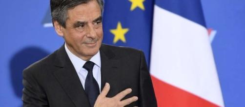 François Fillon la main sur le coeur ! - Sud Ouest.fr - sudouest.fr