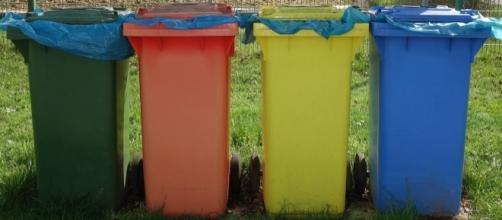 La raccolta differenziata dei rifiuti.