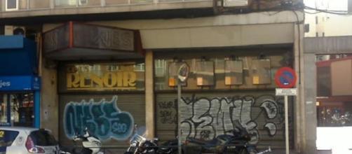 Los Cines Renoir Cuatro Caminos, de la cadena de Enrique González Macho, cerrados desde hace varios años por la crisis (F. del A.).