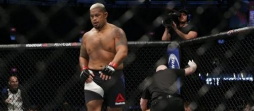 Mark Hunt returns to meet Alistair Overeem at UFC 209 | photot credit - fighterdojo.org