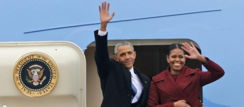 Michelle and Barack Obama get book deals - Photo: Blasting News Library - politico.com
