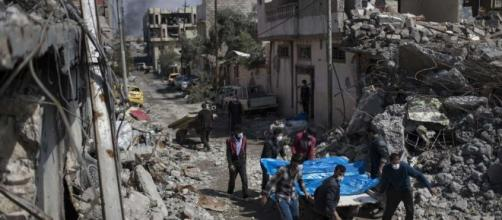 US coalition investigating reports of deadly Mosul airstrike / Photo by michigansthumb.com via Blasting News library