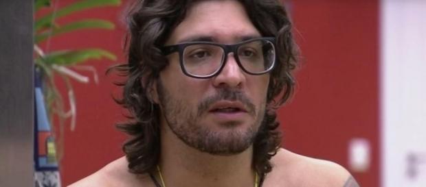 BBB17: Ilmar cai no choro no BBB17
