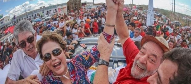"""Lula e Dilma na """"inauguração popular"""" da transposição do rio São Francisco"""