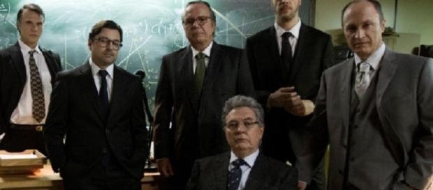 Pedro Malan será interpretado por Tato Gabus Mendes e Emílio Orciollo Neto viverá Gustavo Franco