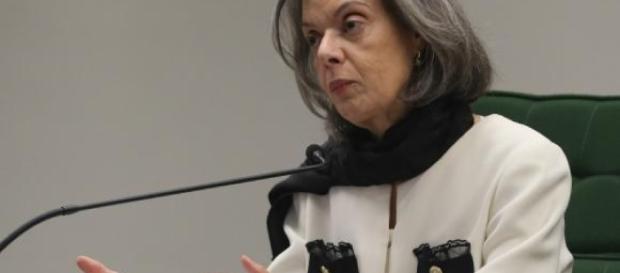 Presidente do Supremo Tribunal Federal (STF), ministra Cármen Lúcia, palestrou na PUC-MG