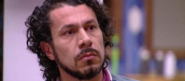 Rômulo foi eliminado do paredão triplo com Marcos e Ieda, nesta terça-feira (21)