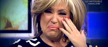 Lydia Lozano llora en directo en el plató