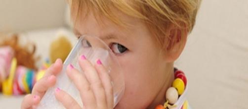 Intolerancia a la lactosa y el consumo de leche | Danonino ... - alimentasonrisas.es