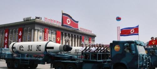 """La Corea del Nord mostra i super missili: """"Siamo pronti a guerra ... - lastampa.it"""
