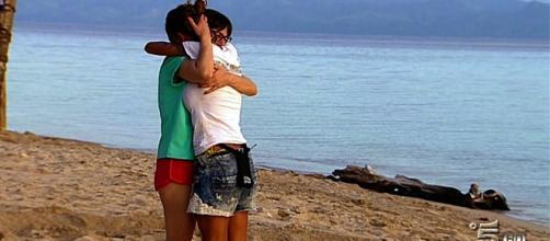 L'isola dei famosi 2017, Malena piange, Samantha finge?
