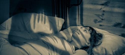 Saiba por que você acorda no mesmo horário todas as noites