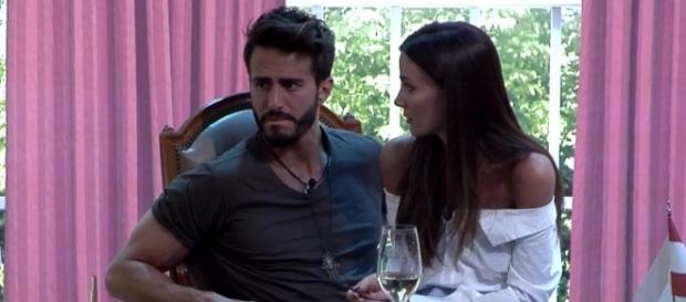 Alyson cree que Marco y Aylén son infelices y que están juntos por obligación