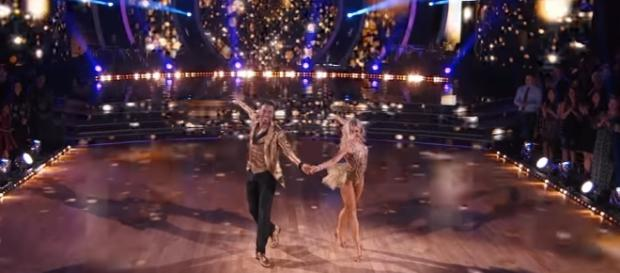 NFL star Rashad Jennings and Emma Slater earned a second-best mark of 31 for their 'DWTS' premiere night cha cha. DWTS/YouTube