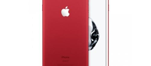 "Apple launches new 9.7"" iPad and limited edition iPhone 7 in red ... - dpreview.com"