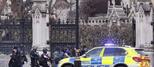 Attentato a Londra. Diversi feriti