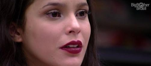 Emilly e Globo são acusadas de manipulação