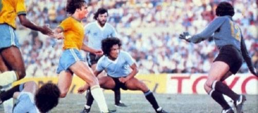 Il gol di Victorino in Uruguay-Brasile del 1981, finale del 'Mundialito' vinta dalla Celeste