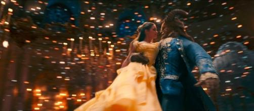 It's Finally Here!! The Official BEAUTY AND THE BEAST Trailer ... - bitesreviewsyoucanuse.com