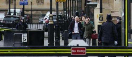 Londra, attentato al Parlamento britannico (http://www.adnkronos.com)