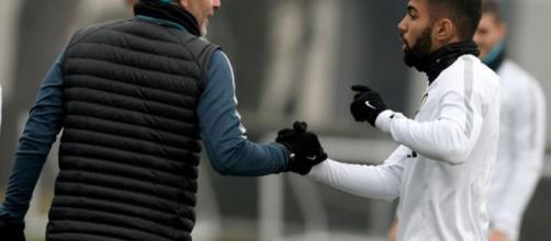 Pioli e Gabigol a confronto durante un allenamento dell'Inter