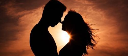 Saiba como fazer para aumentar as possibilidades de encontrar o homem dos seus sonhos. (reprodução: web)