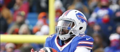 Zach Brown changes agents, is scheduled to visit Bills - The ... - buffalonews.com