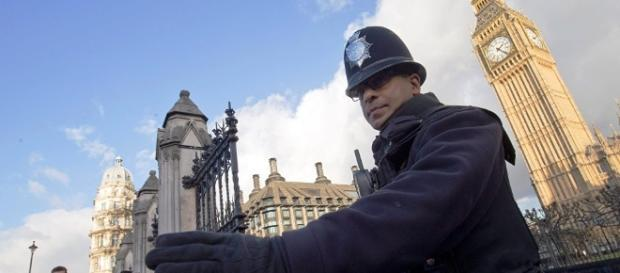 Britische Geheimdienste warnen vor weiblicher Terrorgefahr – Medien - sputniknews.com