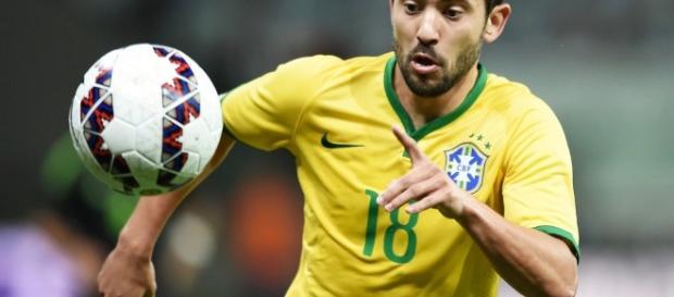 Flamengo avalia a contratação de Everton Ribeiro