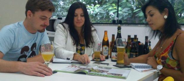 G1 - Empresa libera consumo de cerveja durante o horário de ... - globo.com