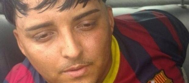 Nas imagens é possível ver o criminoso que foi capturado pela polícia, ele deve aguardar decisão judicial em regime fechado.