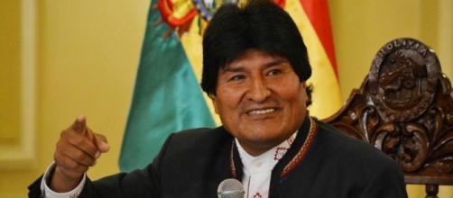 Evo Morales promulga una controvertida ley que amplía el cultivo ... - rfi.fr