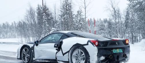 Ferrari Dino, avvistato il prototipo