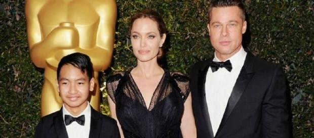 Angelina e Brad, com o filho mais velho Maddox