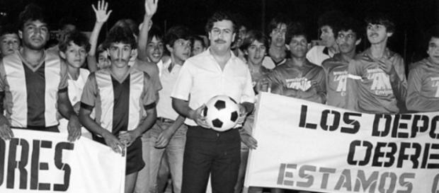 Pablo Emilio Escobar Gavíria e futebol