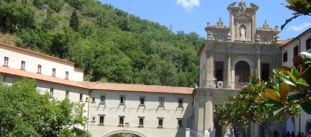 Il Santuario di S. Francesco di Paola, uno dei luoghi che è possibile visitare in Calabria.