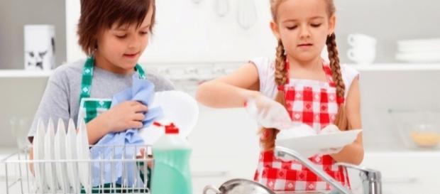 Tareas domésticas para los niños según su edad - El Diario de La Nena - eldiariodelanena.com