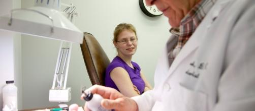 Genetic Test Changes Game in Cancer Prognosis - The New York Times - nytimes.com
