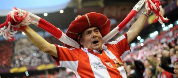 Athletic Club - Sporting de Gijón: Las ataduras, en la puerta - losotros18.com