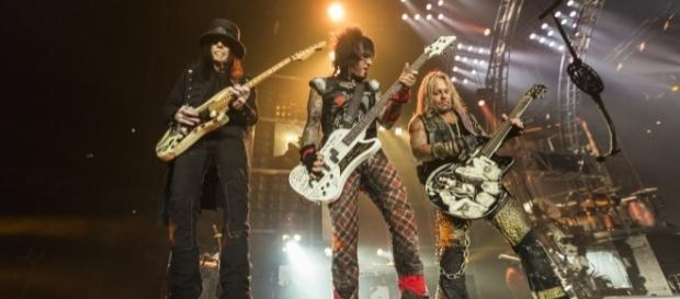 Backstage With Motley Crue: 19 Things We Learned on the Farewell ... - rollingstone.com