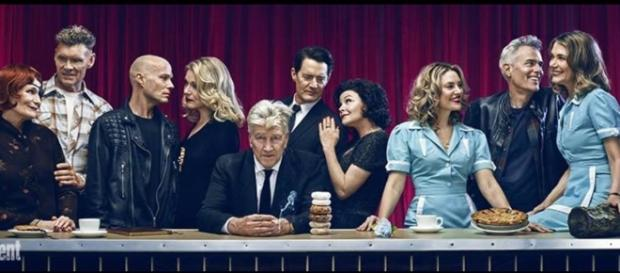 David Lynch gives fans a view of the cast inspired by the Last Supper / Photo via Entertainment Weekly