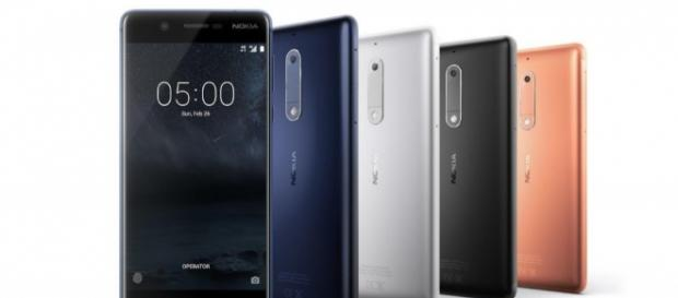Smartphones da Nokia em várias cores