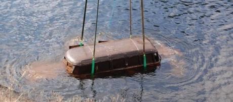 Essa Kombi ficou 36 anos submersa e agora vale um dinheirão para seu dono.