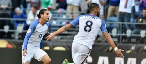 Clint Dempsey Header Puts U.S. Up 1-0 Over Ecuador | The Big Lead - thebiglead.com