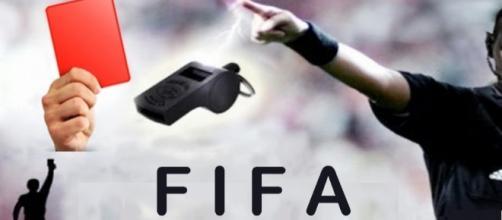 Inhabilita de por vida FIFA a árbitro ghanés por amañar partido.