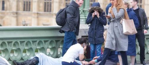 London terror attack: Photographer of 'Muslim woman' photo slams ... - com.au