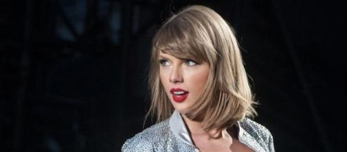 Taylor Swift Just Schooled a Tabloid in Feminism - Today's News ... - tvguide.com