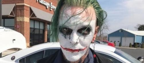 Virginia police arrest sword-wielding man dressed as the Joker ... - go.com