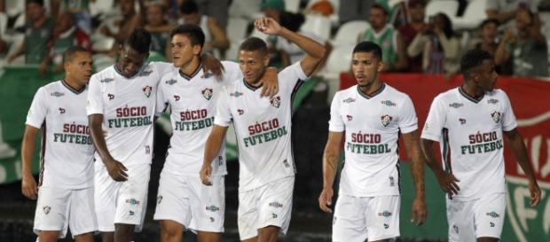 Fluminense vê vitória contra o Botafogo como resposta aos críticos